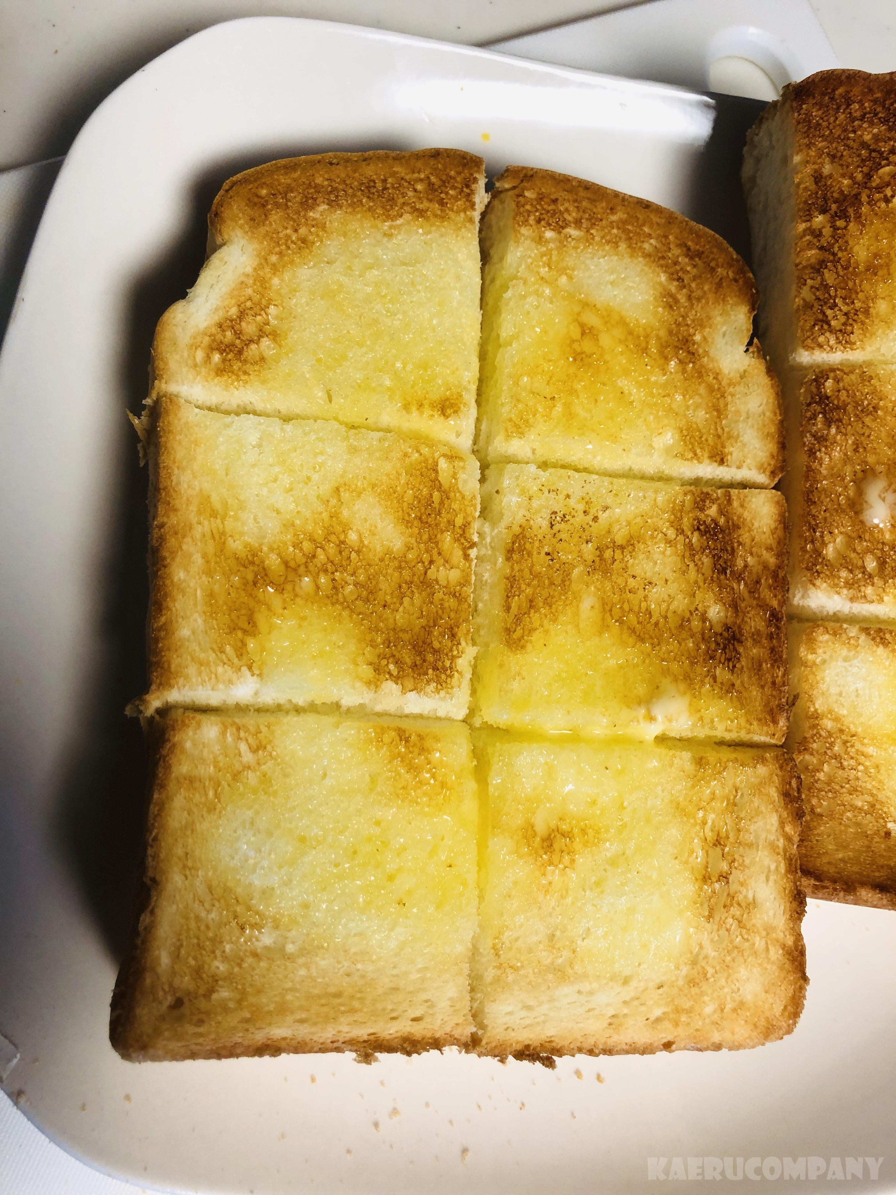 コメダの食パンをバルミューダで焼いてみた